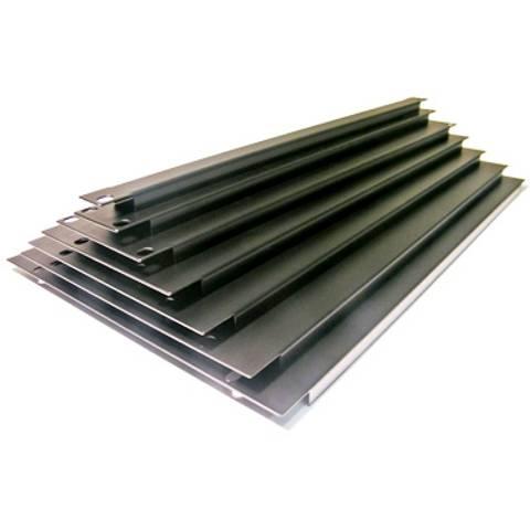 """Bilde av 1u. Aluminium """"U"""" Panel"""